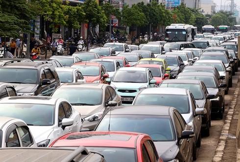 Người dân hiến kế giảm ùn tắc giao thông ảnh 1