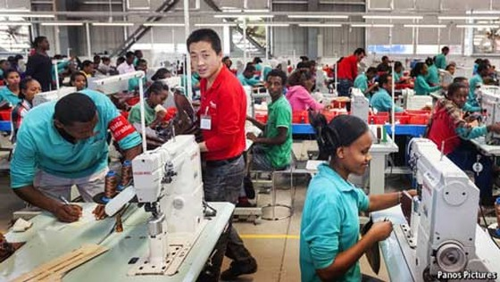 Trung Quốc siết vốn xuất ngoại ảnh 1