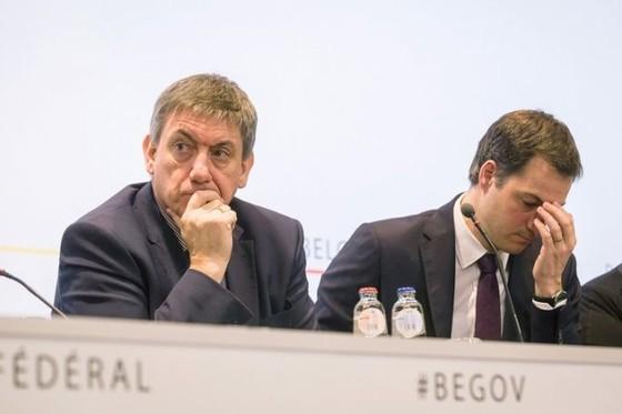2 bộ trưởng Bỉ xin từ chức vì vụ khủng bố ảnh 1