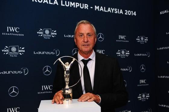 Huyền thoại Johan Cruyff qua đời vì ung thư ảnh 1