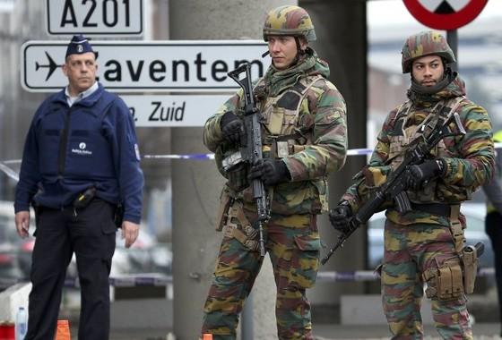 EU cam kết chia sẻ thông tin sau vụ tấn công Brussels ảnh 1