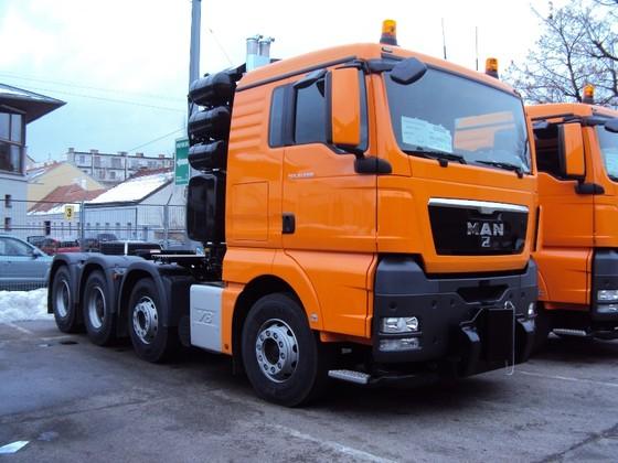Tăng thuế nhập khẩu xe tải nguyên chiếc Trung Quốc ảnh 1