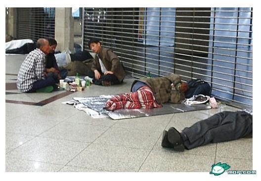 Lý do nào người Hàn Quốc có kỷ luật thép ảnh 1