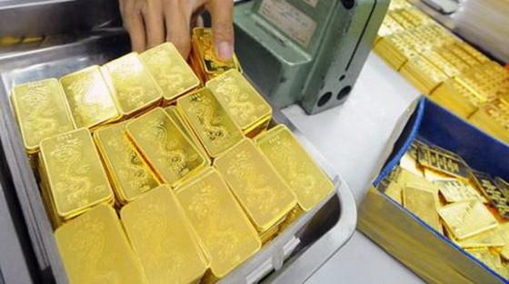 Giá vàng trong nước lại thấp hơn thế giới ảnh 1