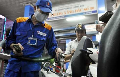 Giá xăng tiếp tục tăng hơn 500 đồng ảnh 1