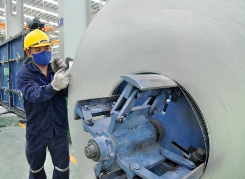 Giá nguyên liệu sản xuất tôn tăng mạnh ảnh 1
