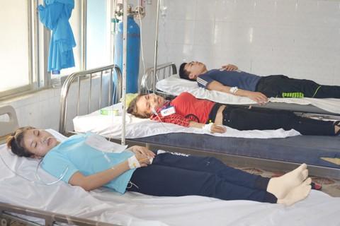 Bình Phước: 300 công nhân phải cấp cứu vì ngộ độc ảnh 1