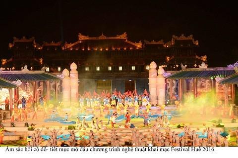 Lộng lẫy đêm khai mạc Festival Huế 2016 ảnh 7