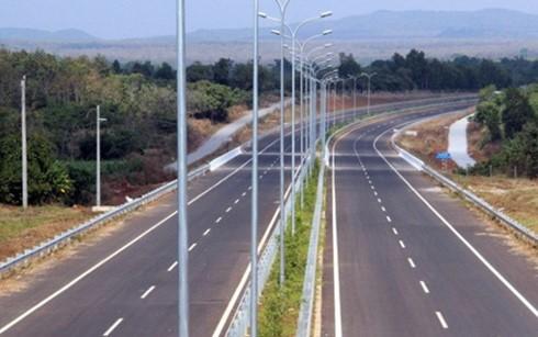 6.707 tỷ đồng xây cao tốc Hàm Nghi - Vũng Áng ảnh 1