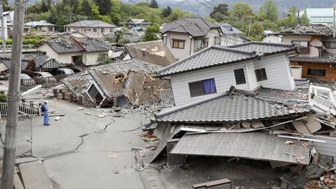 Nhật Bản lại bất ngờ xảy ra động đất mạnh ảnh 1