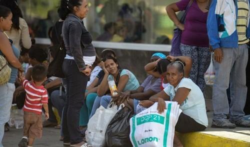Kinh tế Venezuela bị đẩy đến bờ sụp đổ ảnh 1