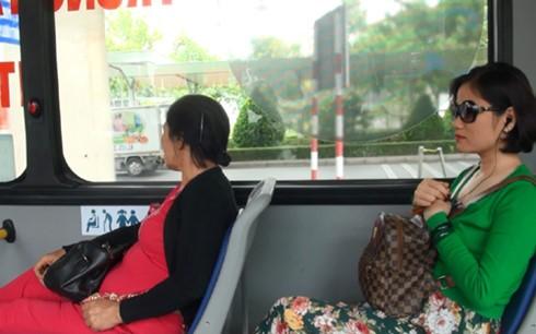 TPHCM khai trương thêm tuyến xe buýt 5 sao ảnh 1