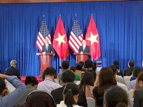 Mỹ công bố gỡ bỏ cấm vận vũ khí đối với Việt Nam ảnh 1