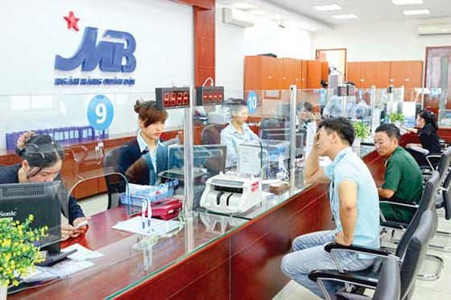 """MBB chưa được quan tâm hay bị """"đè"""" giá? ảnh 1"""
