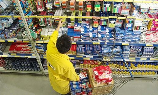 Làm sao hàng Việt vào được siêu thị ngoại? ảnh 1