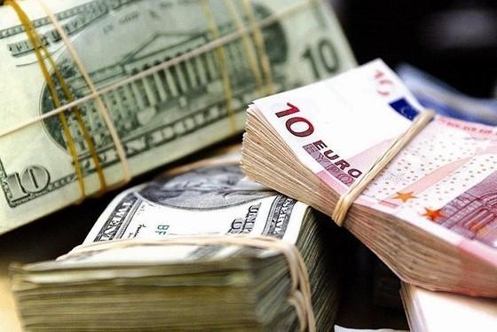 Nợ công vượt ngưỡng 1.000 USD/người ảnh 1