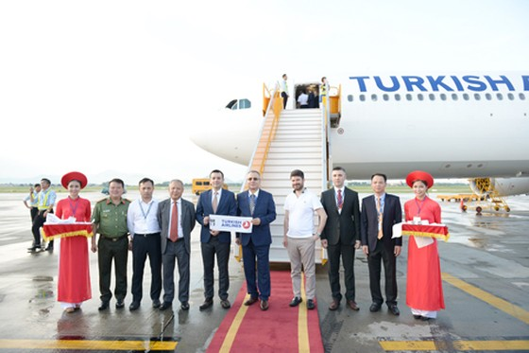 Thêm hãng hàng không châu Âu mở đường bay đến HN ảnh 1