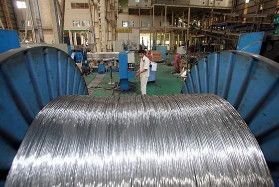 Chỉ số sản xuất công nghiệp quý II sụt giảm ảnh 1