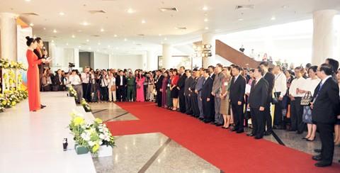 Vietjet nổi bật tại Hội chợ du lịch quốc tế TPHCM 2016 ảnh 1