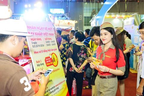 Vietjet nổi bật tại Hội chợ du lịch quốc tế TPHCM 2016 ảnh 6