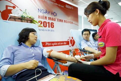 Ngày hội hiến máu BIDV ảnh 1