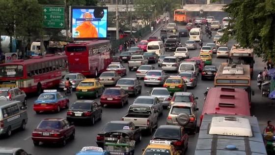 """Xe hơi là """"ác mộng"""" các nước Đông Nam Á ảnh 1"""