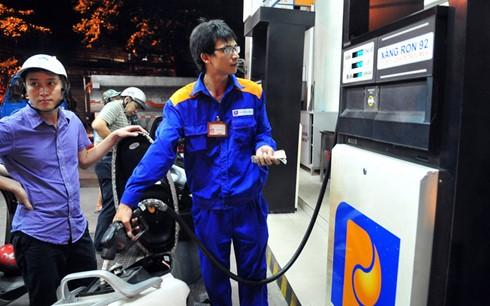 """Tính """"nhầm"""" 163 tỷ thuế xăng dầu - Liên Bộ xử lý thế nào? ảnh 1"""