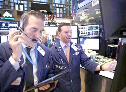 Thị trường thấp thỏm chờ tin FED ảnh 1