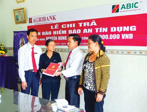 Agribank đồng hành cùng nông nghiệp - nông dân ảnh 1