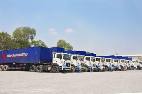 ITL Corp vận chuyển miễn phí hàng cứu trợ vùng lũ ảnh 1