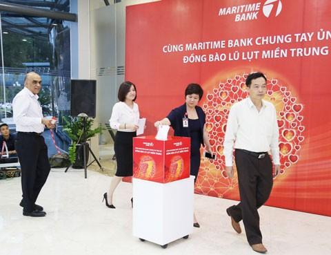 Maritime Bank ủng hộ đồng bào miền Trung ảnh 2