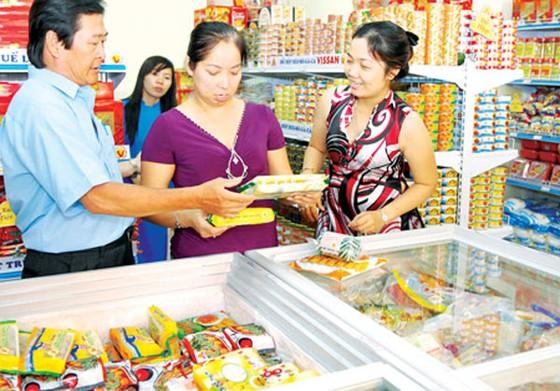95% người tiêu dùng ưu tiên mua hàng Việt ảnh 1