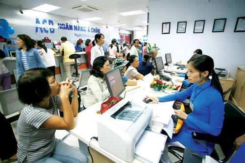 Chọn ngân hàng vay tiêu dùng ảnh 1