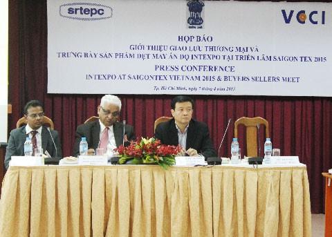 20 DN Ấn Độ tham gia triển lãm dệt may Việt Nam-Ấn Độ ảnh 1