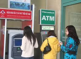 Phí ATM và chất lượng dịch vụ? ảnh 1