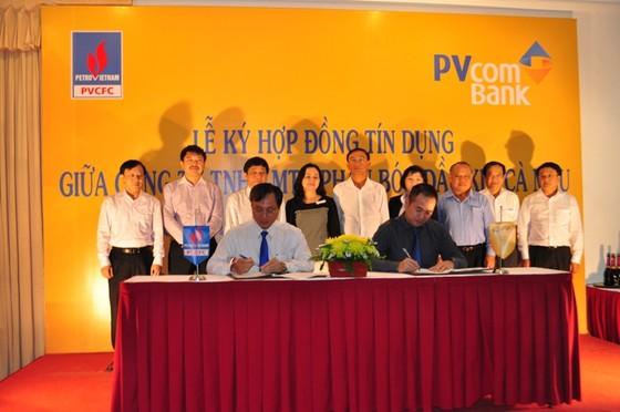 PVcomBank và PVCFC ký hợp đồng tín dụng ảnh 1