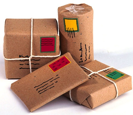 Bưu kiện kim loại quý gây khó hải quan ảnh 1