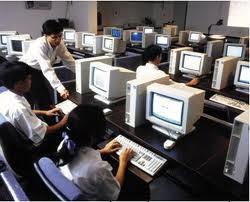 Cấm nhập thiết bị CNTT đã sử dụng: DN kêu khó ảnh 1