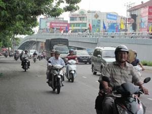 TPHCM: Thông xe cầu vượt Lăng Cha Cả ảnh 1