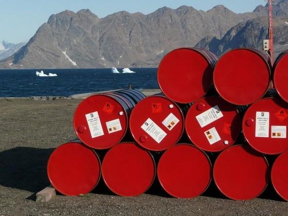 Trung Quốc nhập khẩu dầu thô lớn nhất thế giới ảnh 1