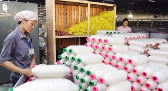 Nguyên phụ liệu dệt may: 48% nhập từ Trung Quốc ảnh 1