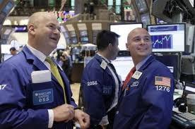 CK Hoa Kỳ 27-7: Dow tăng mạnh nhất 1 tháng ảnh 1
