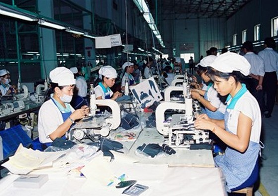 Tăng lương tối thiểu vùng đến 2,7 triệu đồng ảnh 1