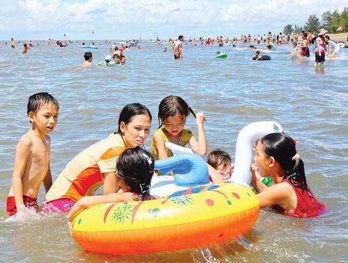 Du lịch 30-4: Nóng tour biển, đảo ảnh 1