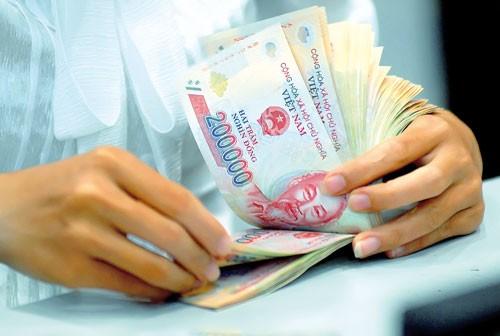 Hút vốn huy động để nuôi nợ? ảnh 1