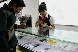 Smartphone giá rẻ lên ngôi ảnh 1