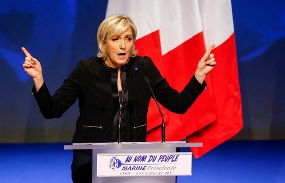 Làn sóng ủng hộ bà Marine Le Pen ảnh 1