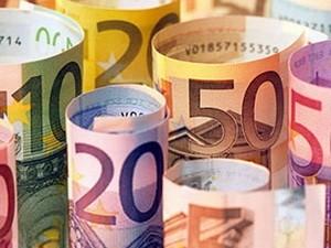 Nhìn lại chặng đường thăng trầm của EUR ảnh 1