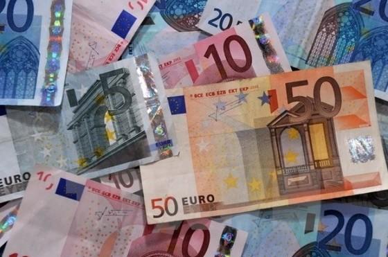 Các NH lớn Eurozone phải tăng trích lập dự phòng ảnh 1