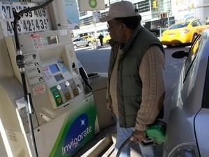 Giá dầu tại châu Á gần chạm mốc 103 USD/thùng ảnh 1